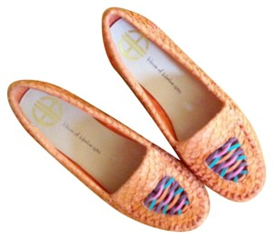 House of Harlow 1960 Orange Flats