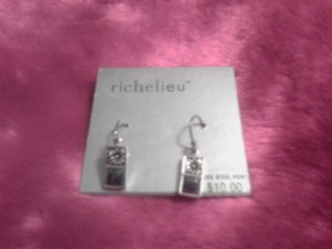 Richelieu French hook silver earrings