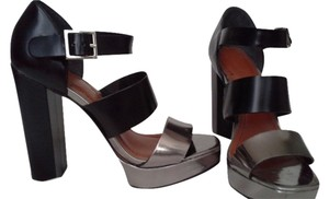 Elizabeth and James Platform Metallic Black and Silver Sandals