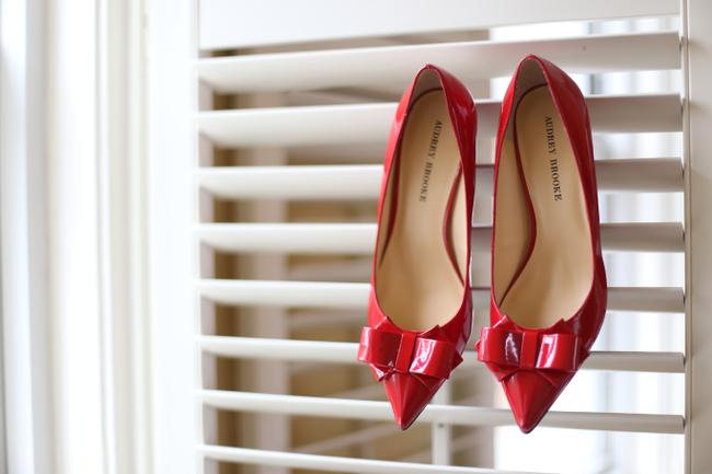 Item - Ruby Red Bow Low Heel Patent Pumps Size US 10