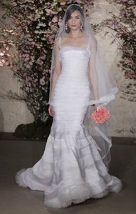 Oscar De La Renta Oscar De La Renta Wedding Dress