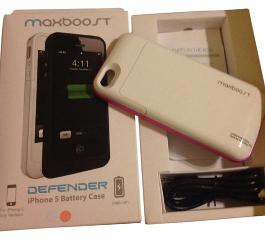 Preload https://item2.tradesy.com/images/maxboost-maxboost-defender-extended-built-in-battery-hard-shell-case-iphone5-2400-mah-doubles-battery-life-pink-white-955151-0-0.jpg?width=440&height=440