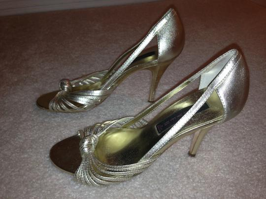 Steven by Steve Madden Pumps