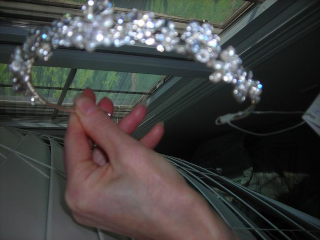 Item - Silver New with Tags Tiara