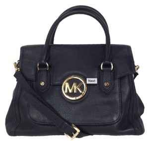 Michael Kors Discounted Satchel in Black