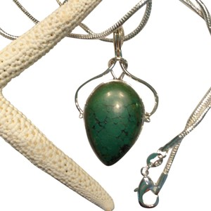 Turquoise Gemstone Pendant Necklace in Sterling Silver Design