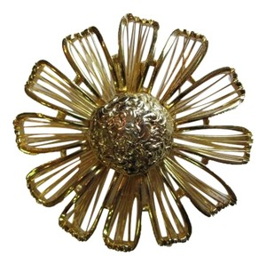 Other GOLD/TONE FLOWER