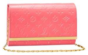 Louis Vuitton Monogram Vernis Pink Rose Coral Rose Litchi Clutch