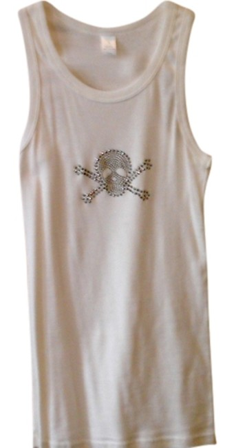 Preload https://item4.tradesy.com/images/white-tank-topcami-size-4-s-956663-0-0.jpg?width=400&height=650