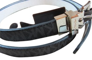Michael Kors Michael Kors Reversible MK Logo Belt Leather Slim Belt M black white