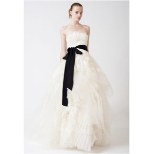 Vera Wang Eliza Wedding Dress Wedding Dress
