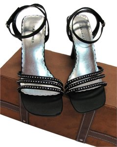 Classified Size 8.00 M New Exellent Condition Black Sandals