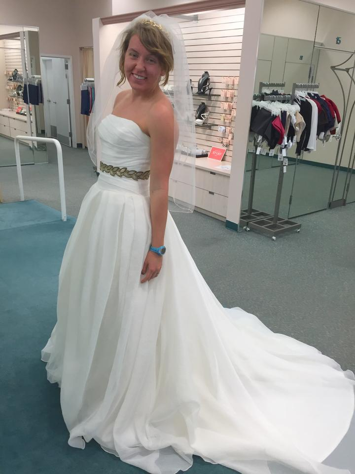 c4281c2a3c4c Vera Wang Ivory Draped Bodice Tulle Skirt Style Organza Gown Vw351178  Casual Wedding Dress Size 6 ...