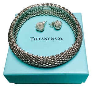 Tiffany & Co. Tiffany & Co. Mesh Bracelet and Mesh Knot Earrings