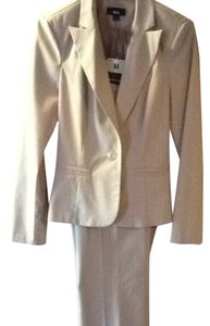 BCX Cream Two Piece Suit, Size 7, Teal Pin Strips