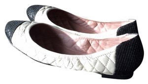 Vince Camuto Two Tone Ballet Comfortable Glitter Quilted white and black Flats