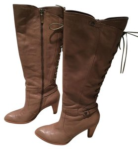 B. Makowsky Size 8.5 Leather B. Lace-up Leather Brown Boots