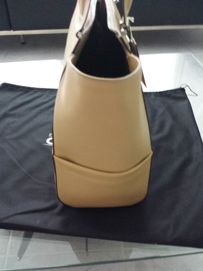 Carbotti Leather Handmade Tote in Nude