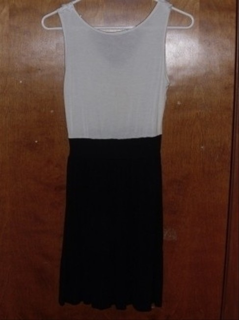 Soprano Night Out Stretch Casual Black White Block Bow Dress