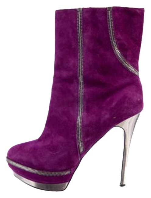 Item - Violet Boots/Booties Size US 6
