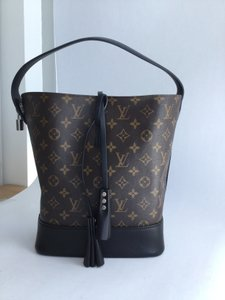 Louis Vuitton Handbag Rare Limited Edition Tote in Monogram