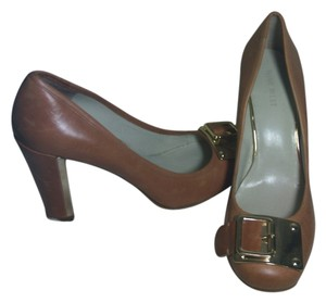 Nine West Rocha Buckle brown and gold Pumps