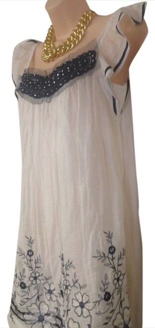 maxinne short dress off white Cute Junior Elastic Scoop Neck Bottom Embroidered on Tradesy
