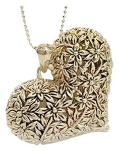 All Around Fem Vintage Style Heart Gold Tone Necklace