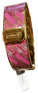 Coach COACH SIGNATURE COLLECTION FUSCHIA PINK GOLD TONE HINGED BANGLE BRACELET NEW WITH TAG