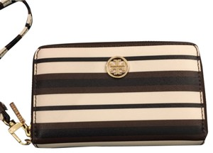 Tory Burch Wristlet in Brown