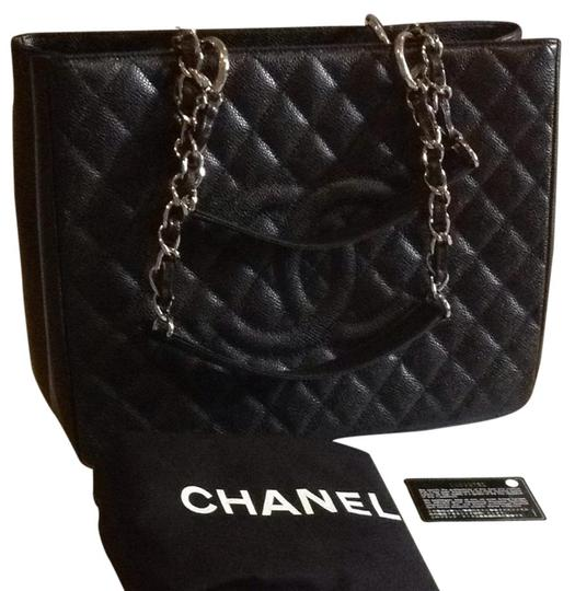 Preload https://img-static.tradesy.com/item/961778/chanel-shoulder-bag-961778-0-0-540-540.jpg