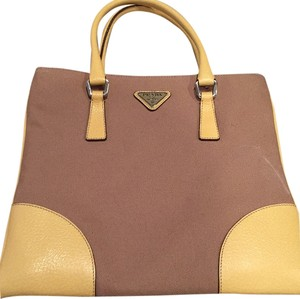 Prada Satchel in neutral/yellow