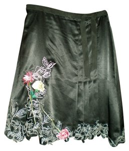 Vertigo Paris Silk A-line Embroidered Rose Flower Skirt Black