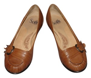 Eürosoft by Söfft Buckle Kitten Loafer 1018000 Brown Pumps