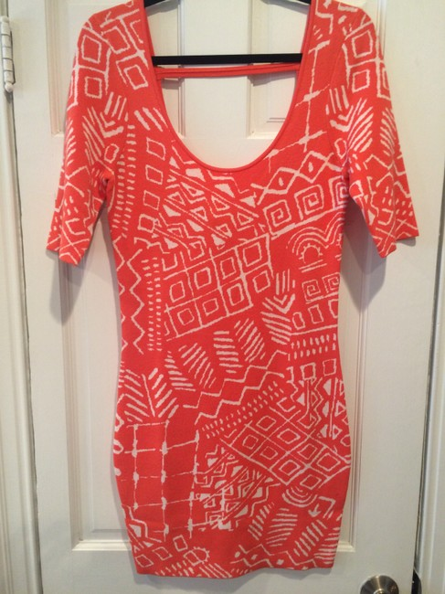 """Torn by Ronny Kobo Coral New Tribal Knit 'casey"""" Mid-length Short Casual Dress Size 4 (S) Torn by Ronny Kobo Coral New Tribal Knit 'casey"""" Mid-length Short Casual Dress Size 4 (S) Image 4"""