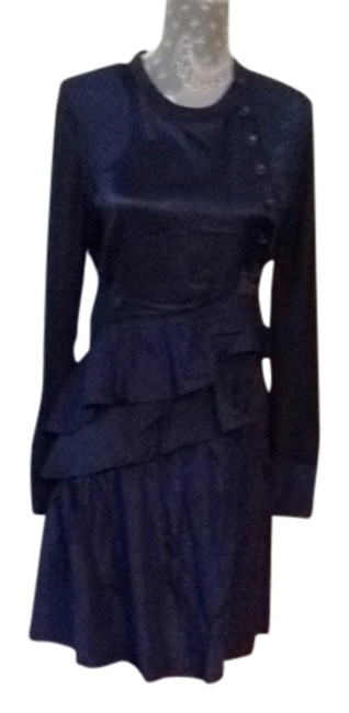 Preload https://img-static.tradesy.com/item/962458/marc-by-marc-jacobs-navy-short-casual-dress-size-6-s-0-0-650-650.jpg