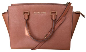 Michael Kors Satchel in Tan/Light Brown
