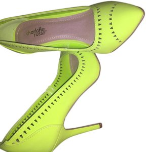 Charlotte Russe lime green Pumps