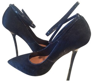 Renvy Suede Metallic Heel Navy blue Pumps