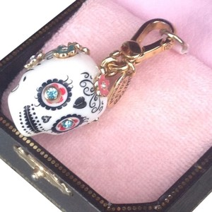 Juicy Couture LIMITED EDITION JUICY COUTURE DAY OF THE DEAD SUGAR SKULL CHARM