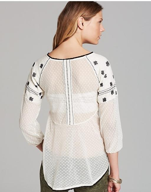 Preload https://img-static.tradesy.com/item/962873/free-people-star-dust-mesh-roses-are-red-embroidered-lace-peasant-blouse-size-8-m-0-0-650-650.jpg