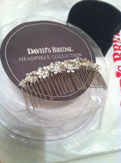 Preload https://item4.tradesy.com/images/david-s-bridal-rhinestone-and-crystal-bridal-headpiececomb-962878-0-0.jpg?width=440&height=440