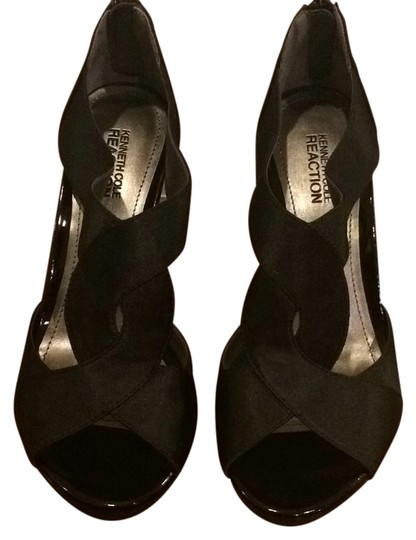 Preload https://item5.tradesy.com/images/kenneth-cole-reaction-blac-need-to-know-formal-shoes-size-us-8-regular-m-b-9634309-0-1.jpg?width=440&height=440