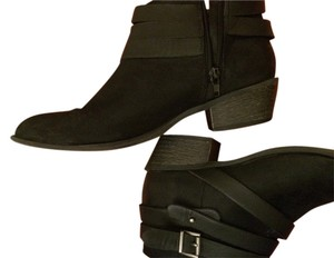 JustFab Edgy Chic Black Boots
