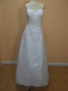 DaVinci Bridal White Net/Satin T8141 Formal Wedding Dress Size 16 (XL, Plus 0x)