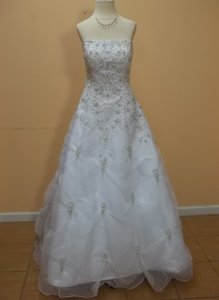DaVinci Bridal White/Silver Organza 8234 Formal Wedding Dress Size 10 (M)