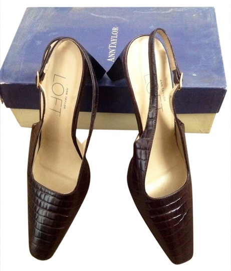Preload https://img-static.tradesy.com/item/963921/ann-taylor-loft-brown-formal-shoes-size-us-7-0-0-540-540.jpg