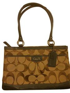 Coach Zip Closure Top Great Condition Matching Dustbag Canvas /Leather Several Pockets Tote in Tan Jacquard