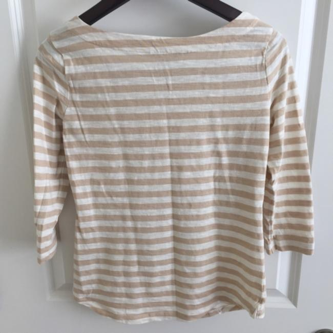Banana Republic T Shirt Beige and white