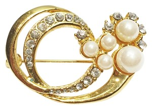 Other Pearl 'Wave' Pin [ Roxanne Anjou Closet ]